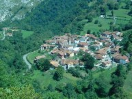 APARTAMENTOS LOS ROSALES -3 LLAVES- (Ponga - Asturias) - Foto 6