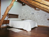 CASA RURAL HOYAL DE PINARES (Frumales - Segovia) - Foto 1
