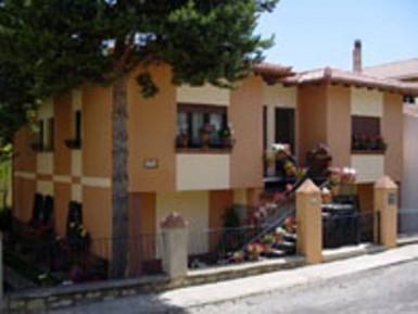 CASA RURAL MARÍA DOLORES (Brochales - Teruel) - Foto 1